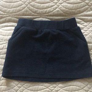Old navy baby girl skirt.